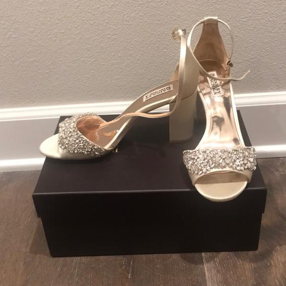 0b2419c72b1 Badgley Mischka Shoes - Badgley Mischka Hines Ivory Shoes